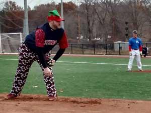 Winterball 2017 - Jay Thomas pitching