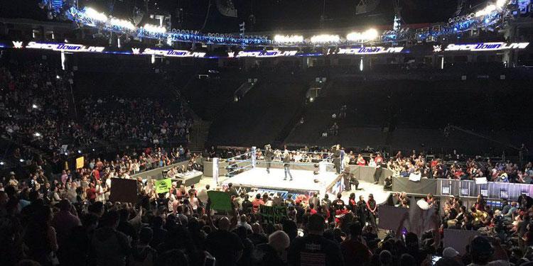WWE Monday Night Raw Hides Empty Seats