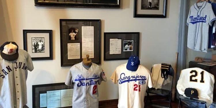 Roberto Clemente Museum jerseys