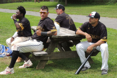 Stinger Baseball Getting Ready for Action